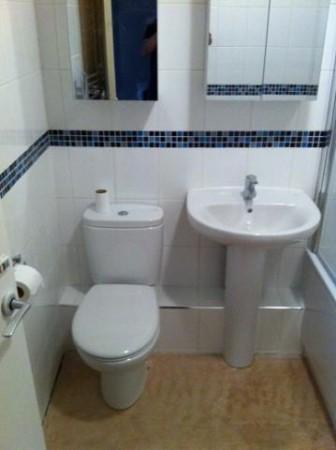 New Bathroom and tiling throughout – Kiddlington
