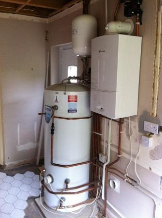 210 Litre unvented with a WB system boiler, RF Comfort controls – Faringdon May 15